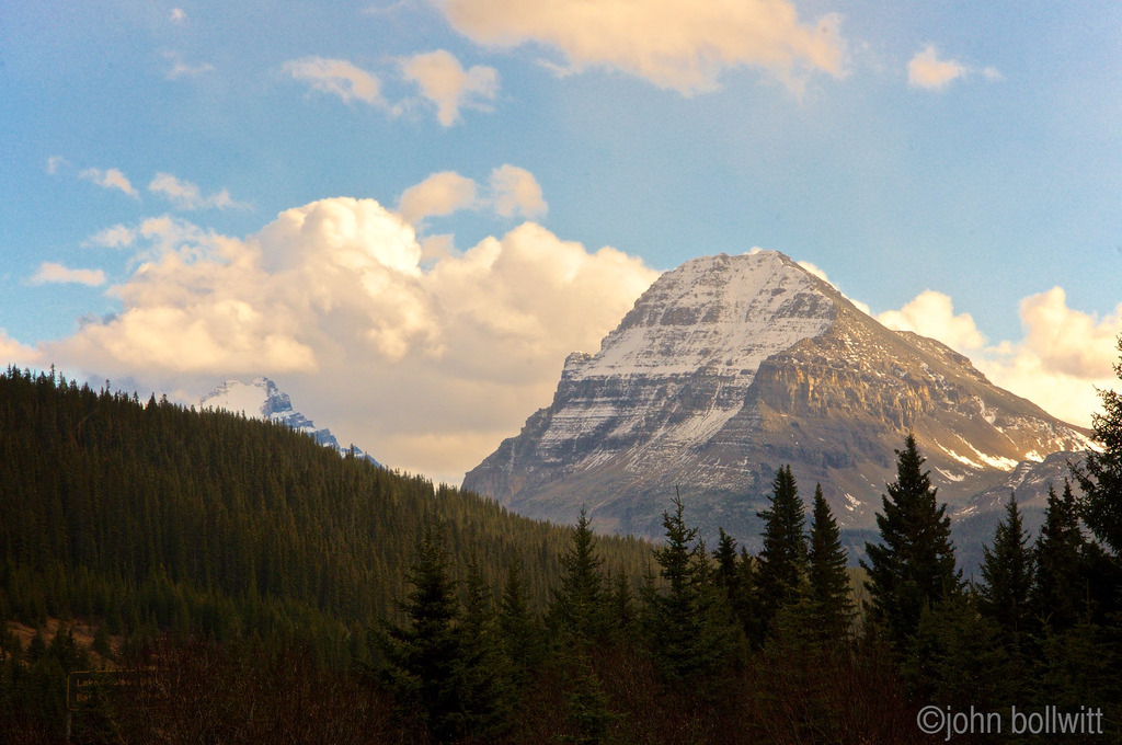 Icefields Parkway - Alberta - October, 2015